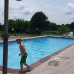 kid swimming pool